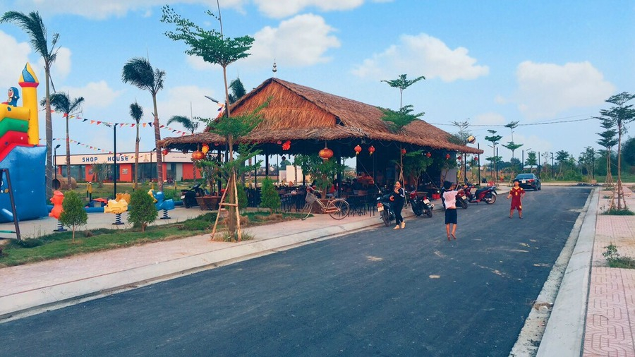 Hình ảnh quán Coffee giải khát của chị Trang vừa mới khai trương tại dự án KDC Long Cang