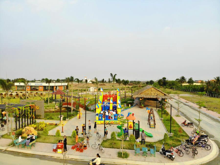 Việc công viên Ánh Sáng dự án Long Cang được khánh thành sẽ có thêm sân chơi mới thú vị cho các bạn nhỏ tại khu vực quanh dự án